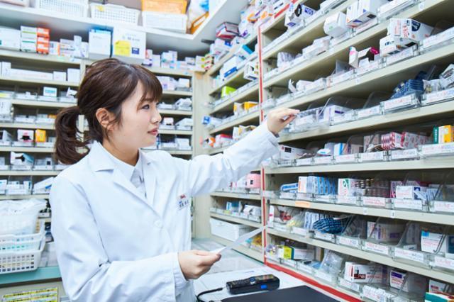 ウェルネス薬局 医大北店の画像・写真