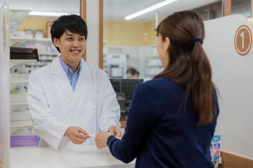杏林堂薬局名塚店 調剤室の画像・写真